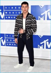 Nick-Jonas-2016-MTV-Video-Music-Awards