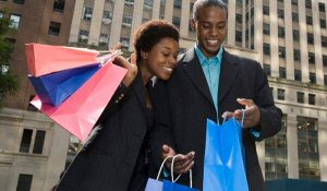 black_couple_christmas_shopping